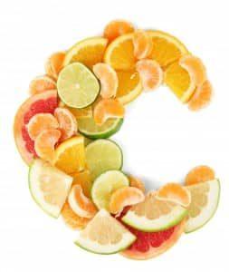 tac-dung-cua-vitamin-c-trong-dieu-tri-nam-2-253x300