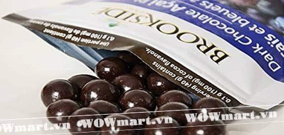 Đối tượng và cách sử dụng kẹo chocolate đen nhân quả việt quất hiệu quả