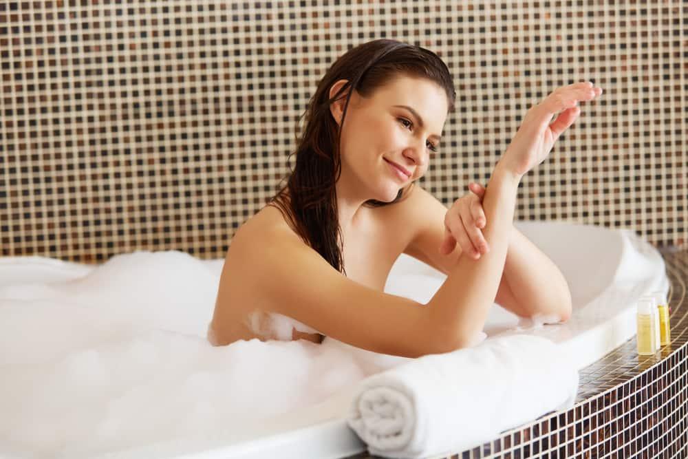 Sữa tắm Dial Body Wash Omega Moisture 1,035ml