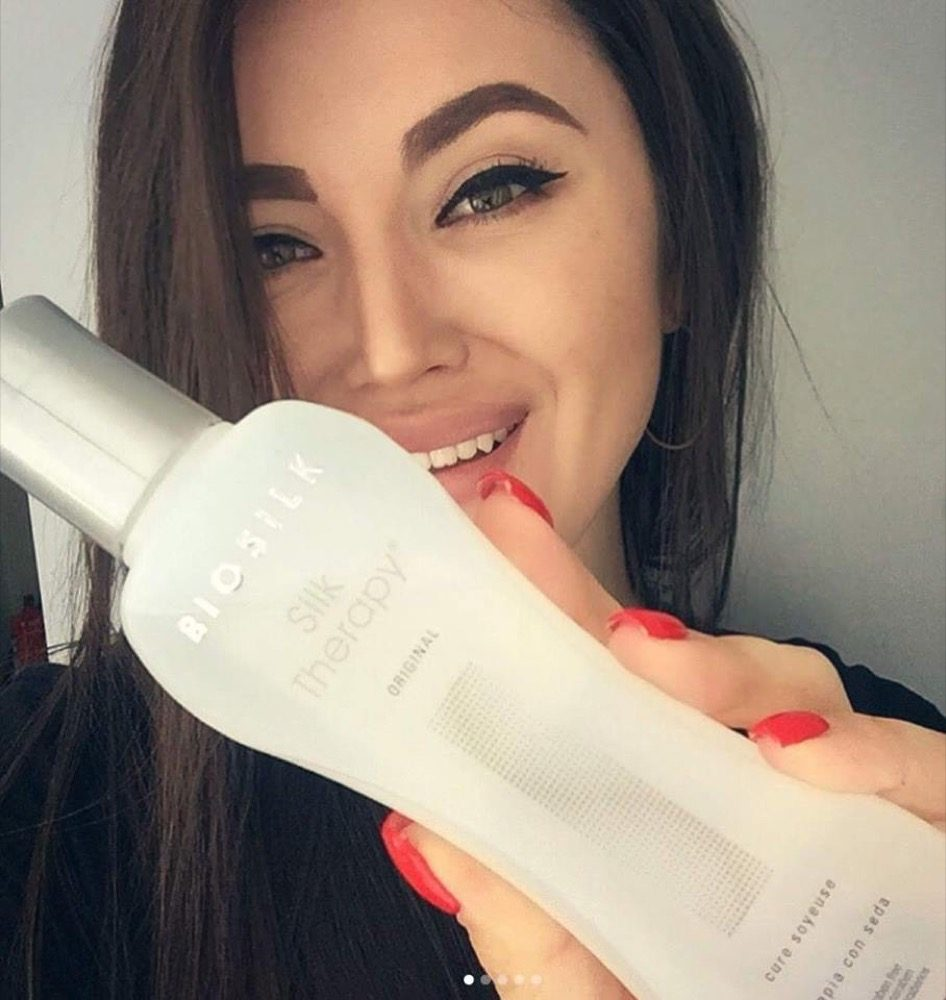 Tinh dầu dưỡng bóng tóc Biosilk Silk Therapy 167ml