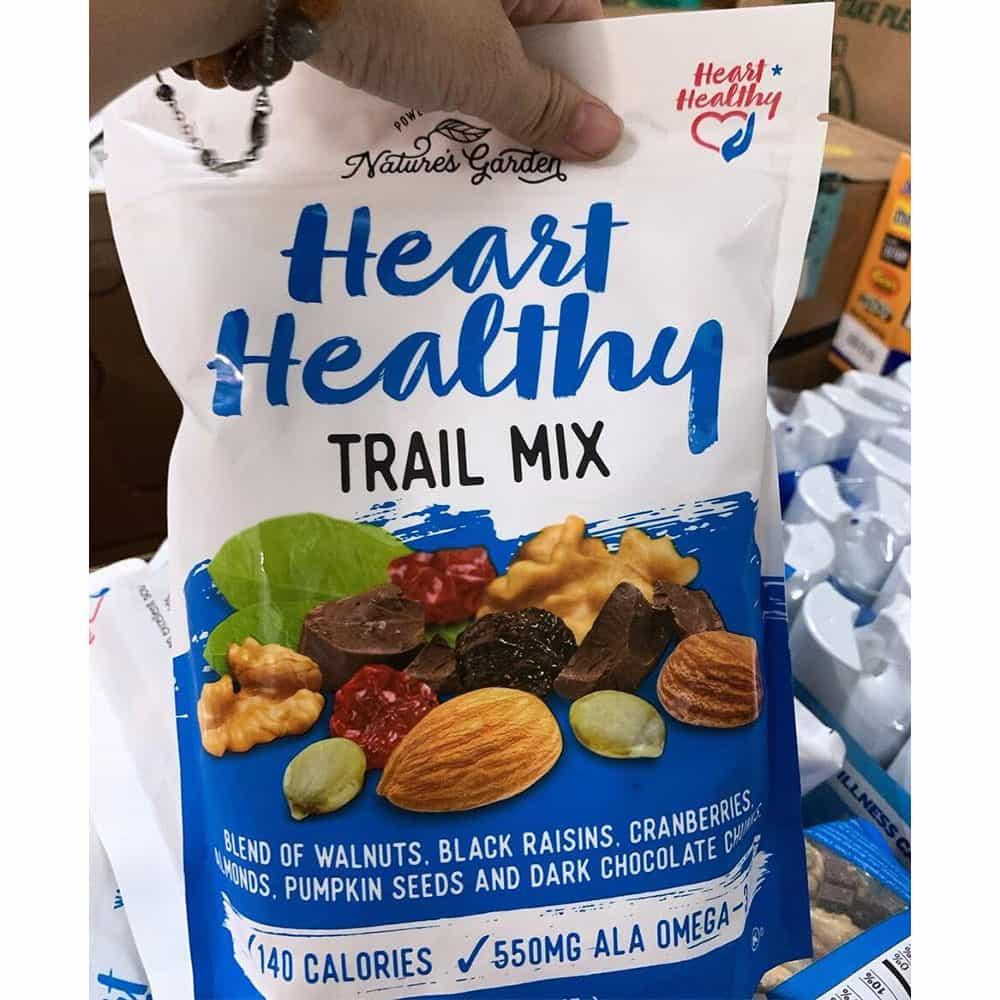 Hạt sấy khô tổng hợp Nature's Garden Heart Healthy Trail Mix 737g